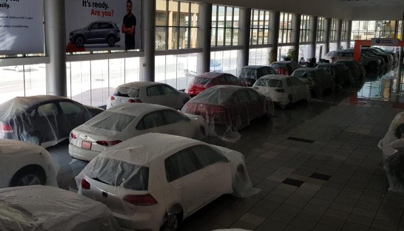 Volkswagen-Showroom_1