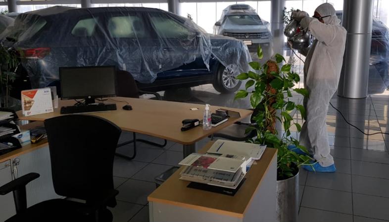 Volkswagen-Showroom_2